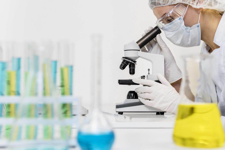 equipment-researchers (1)